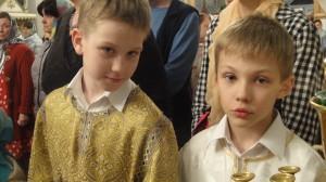 8. Алтариники Никита и Владимир.